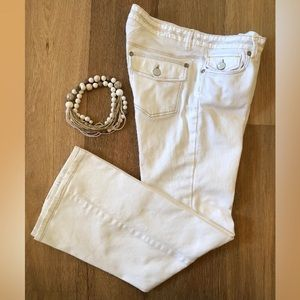 BR White Back Flap Pckt Bootcut Stretch Jeans MNT